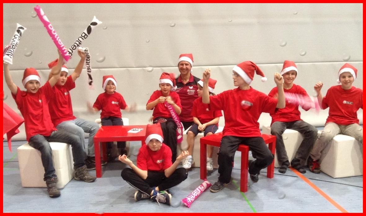Diese Nikolaus-Kids feiern schon mal...