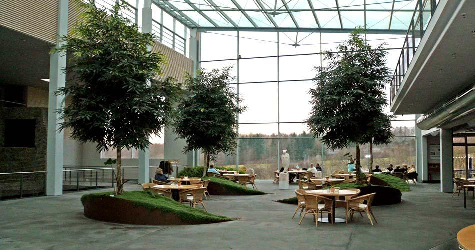 /Atrium der Manfred-Sauer-Stiftung.jpg
